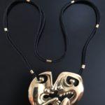 BENGT LINDSTRÖM / PIERRE CARDIN. Halsband 18k guld